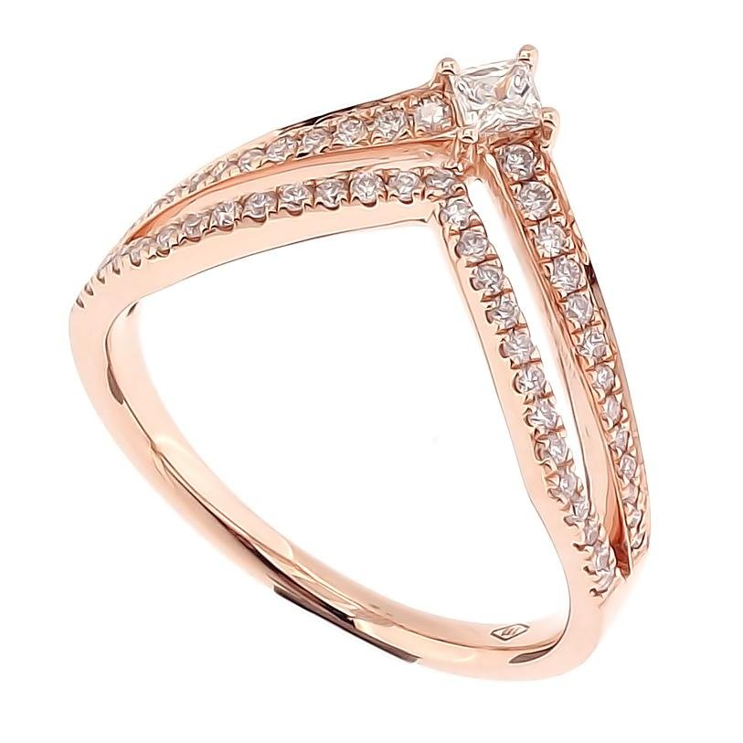 Crown Ring with Princess Cut Diamonds in 18Karat Rose Gold