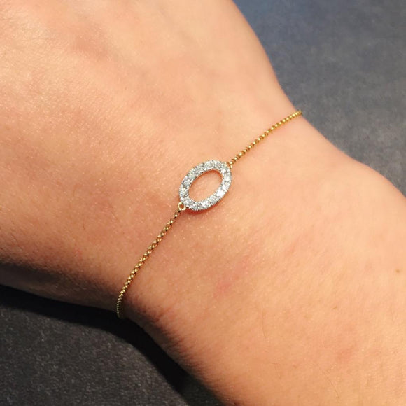 Diamond Oval Bracelet in 18K Yellow Gold