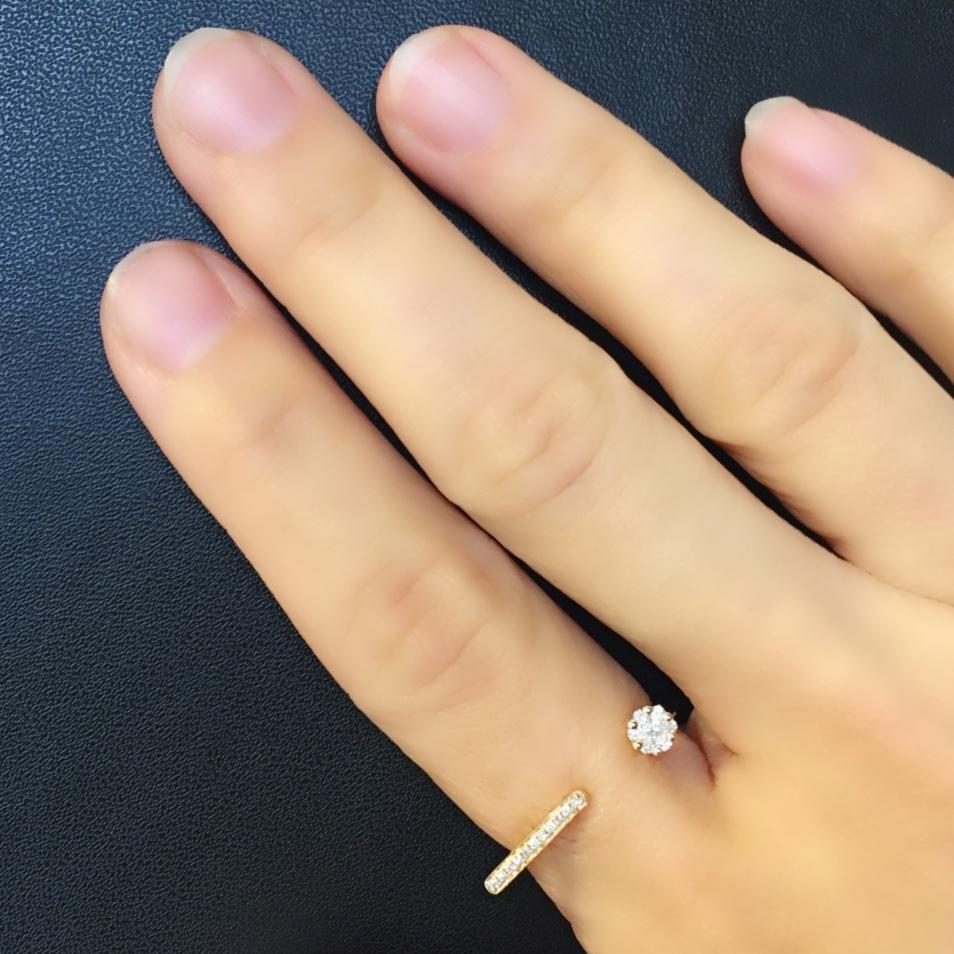 Skinny Bar Ring with Diamonds in 18Karat Rose Gold (pre-order) - Kura Jewellery