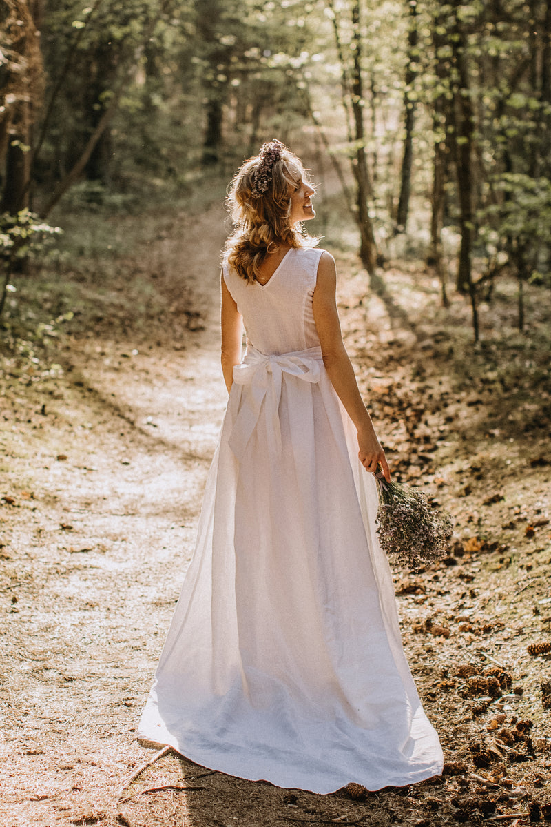 Linen wedding dresses