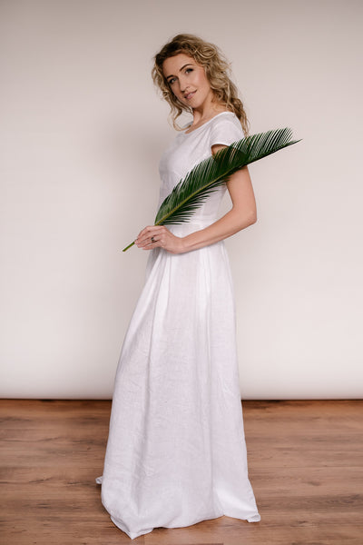 Simple A-line linen wedding dress