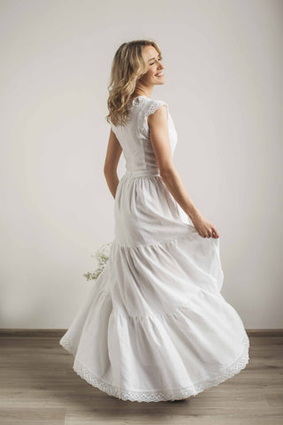 Linen wedding dress with a lace
