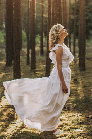 V-back Linen wedding dress