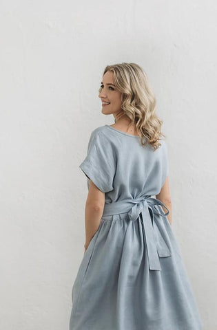 Loose ruffled linen dress