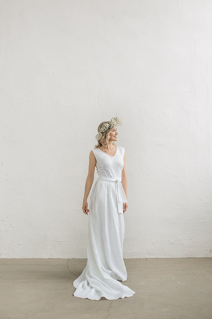 d51fd67fb9 Linen wedding dress with a train. Handcrafted by CozyBlue.