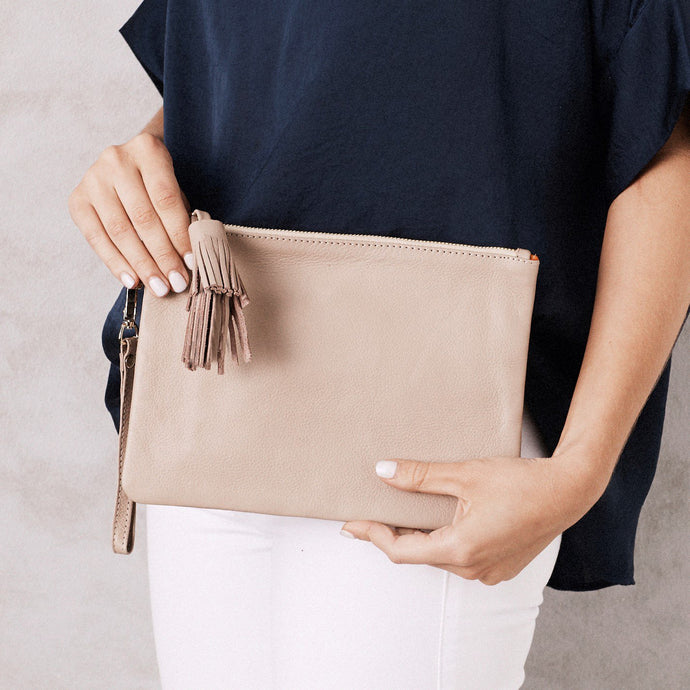 Large Mara Clutch - Nude