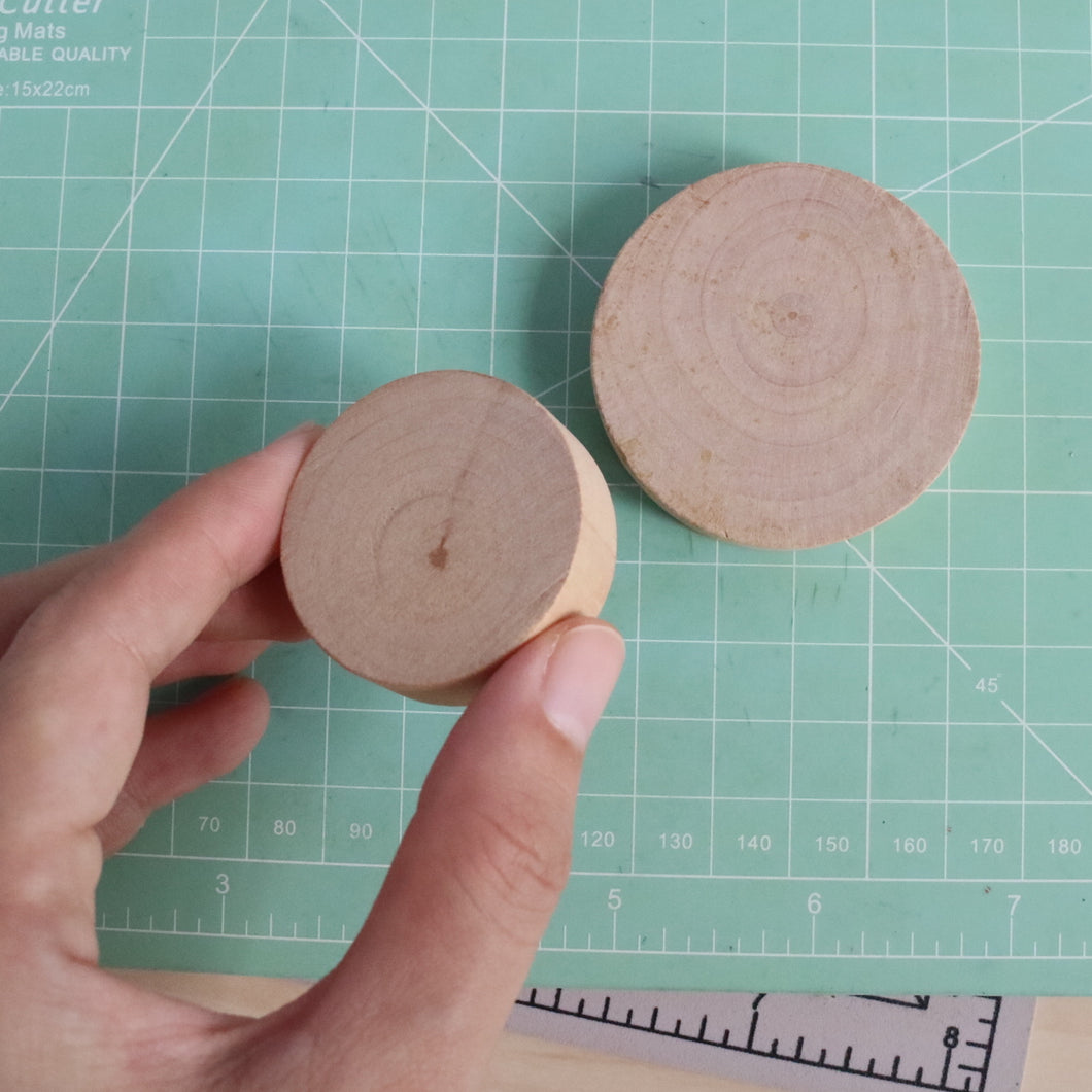 Round Wooden Mount (10 pieces)