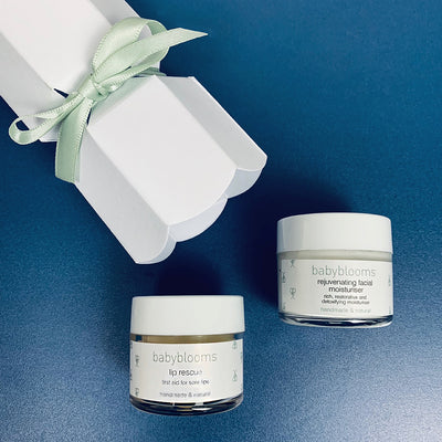 Mum's Christmas Cracker Skincare Set, White