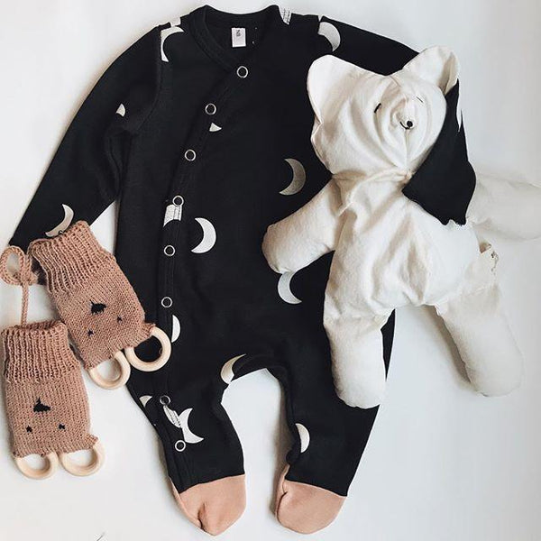 Organic Zoo - Midnight Suit black with white moon pink feet