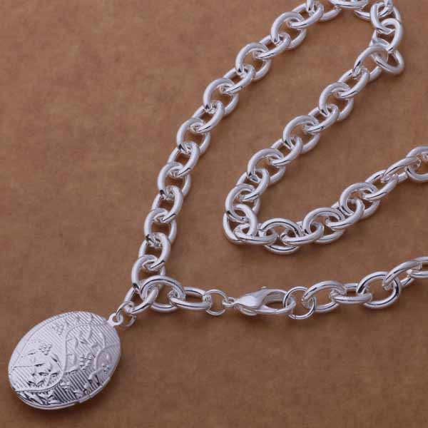 Silver Oval Locket Necklace- LS AN753