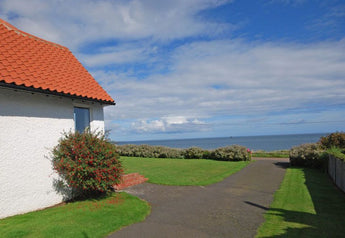 Lovely holiday cottage in Bamburgh for rent, vastly reduced rate if you take it before 5th April!