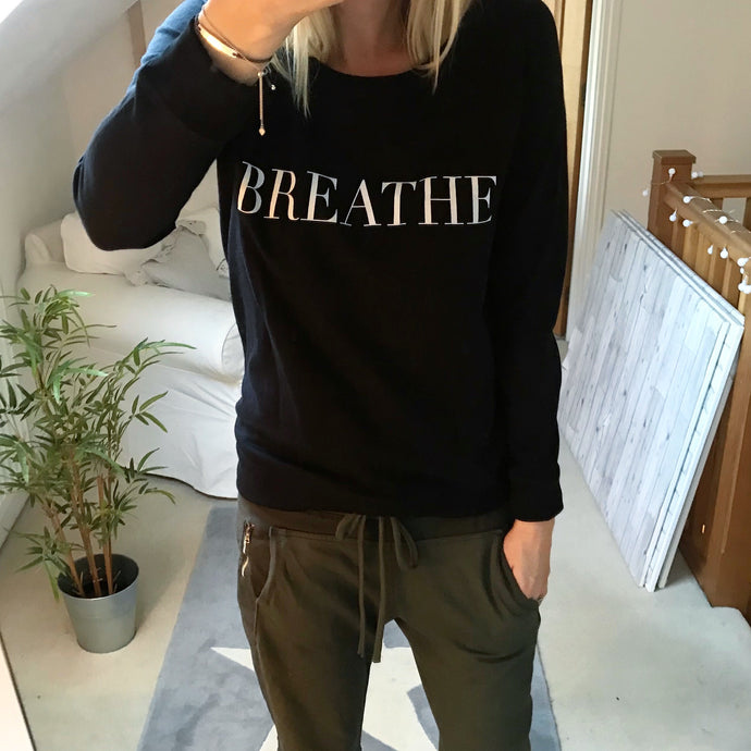 Breathe sweatshirt serif font (m, size UK 12)