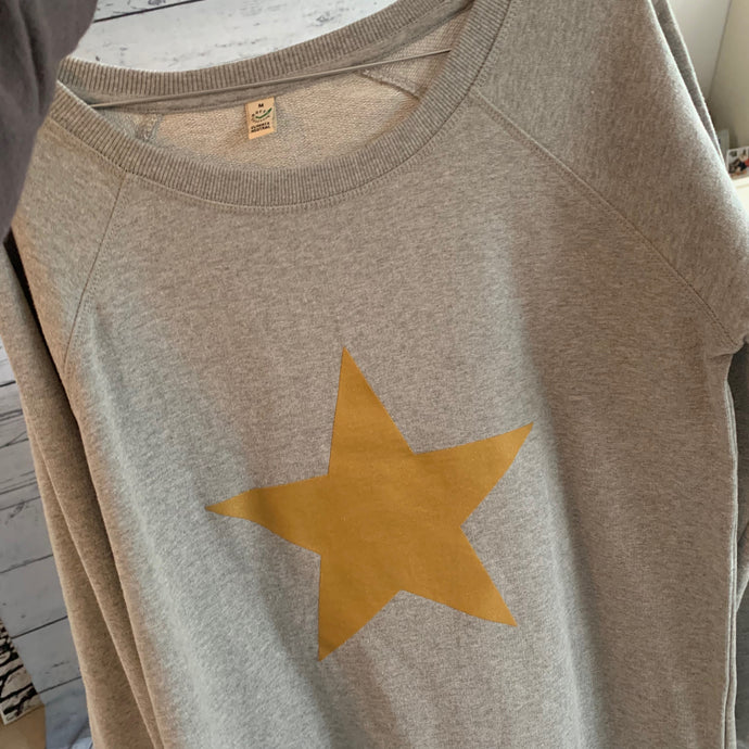 Gold star sweatshirt (medium size 12)