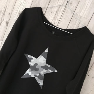 Grey camo star black sweatshirt (small, UK size 10)