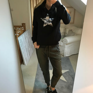 Grey camo star black hoody (small, UK 10-12)