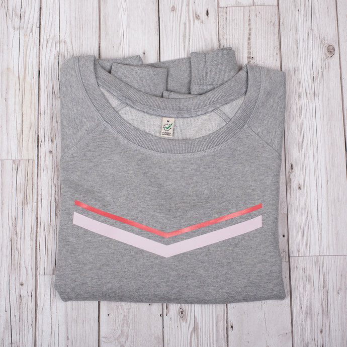 Red pink V stripes on light grey sweat (M)