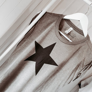 Taupe black star rolled cuff flowy tee