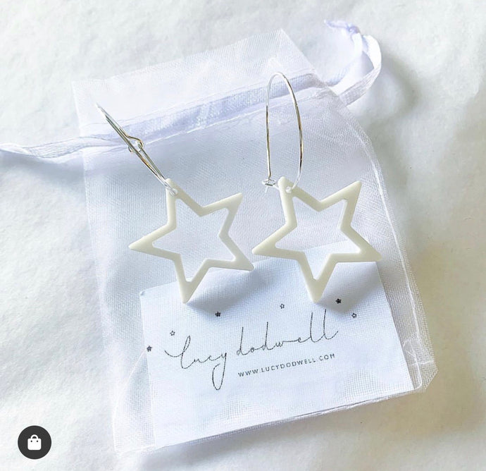 White outline star hoop earrings