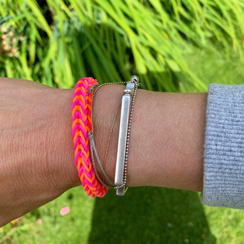 Neon pink & orange loom band bracelet