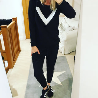 Black sweatshirt with white chevron (m)