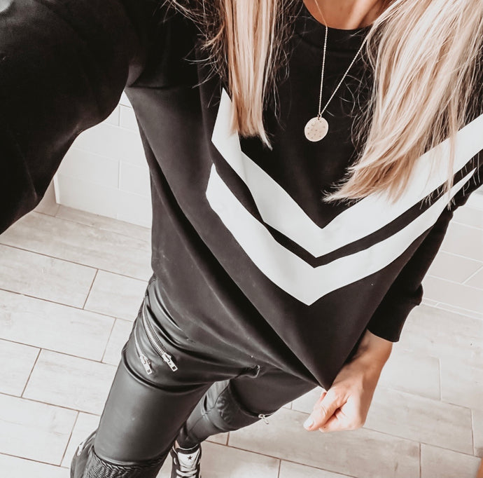 White double chevron black sweatshirt *new*