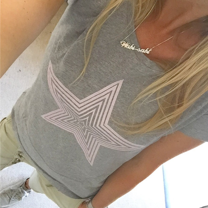 Pink star on grey tee (M)