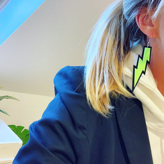 Large neon yellow lightning strike earrings! 💚💚