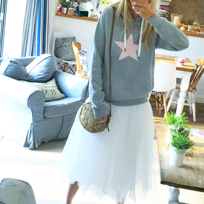 Dusty pink star on grey hoody