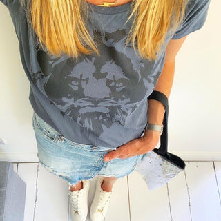 *NEW* black lion on charcoal tee