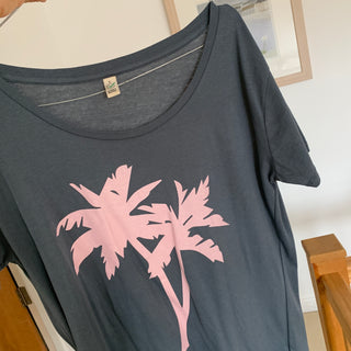 Grey palm trees on a grey tee (size large UK 14)