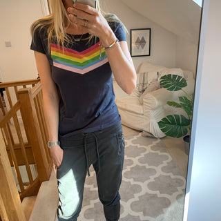 Rainbow chevron on black tee (medium size 12)