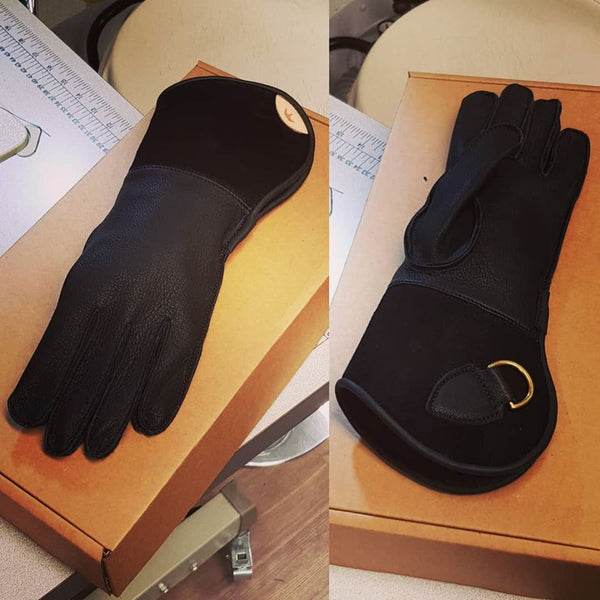 A Single Thickness Glove