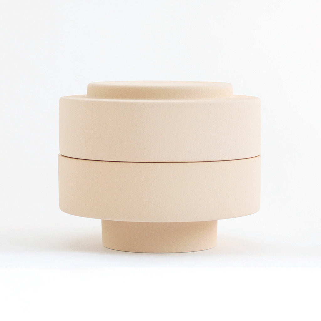 KAREN jar with lid