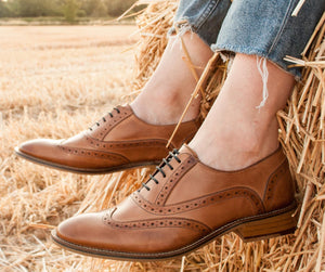 What's the difference between an Oxford and a brogue?