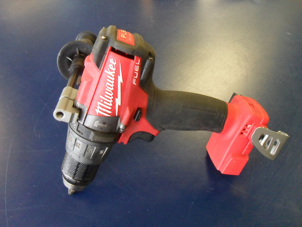 "KZ ***USED*** MILWAUKEE 2704-20 Milwaukee M18 FUEL 18-Volt Lithium-Ion Brushless 1/2"" Drill/Driver (Tool-Only)"