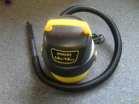 KZ Stanley 8100101A 1-gallon, 1.5-peak horse power, wet dry vacuum