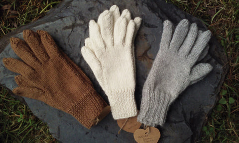 Welsh Alpaca Medium Gloves