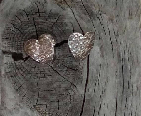 STDAVIDS.WALES:Stud Heart Silver Earrings:Midas Touch Jewels:Earrings