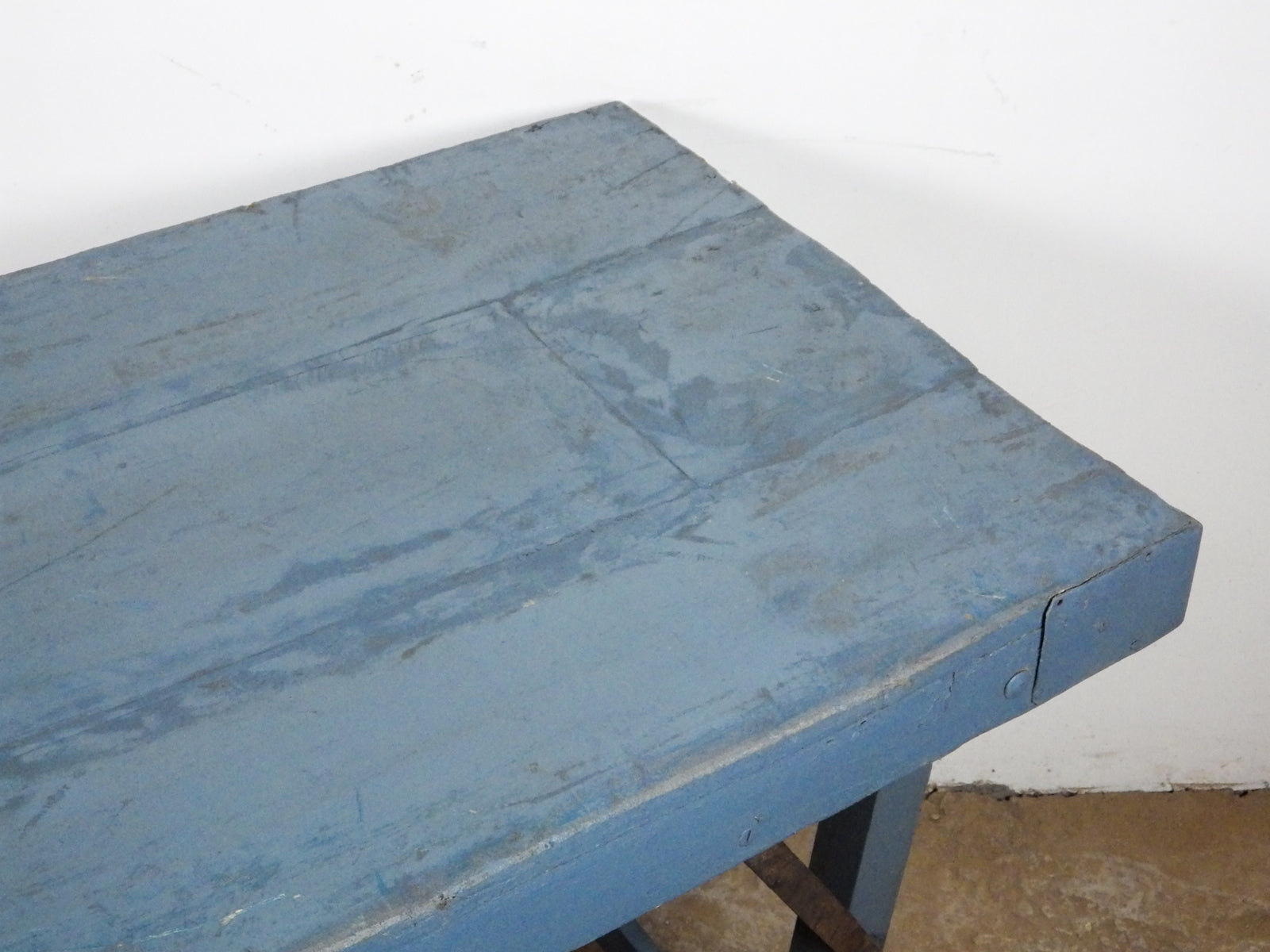 MILL-933/1 Wooden Table C8