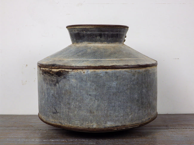 MILL-476 Metal Water Pot C9