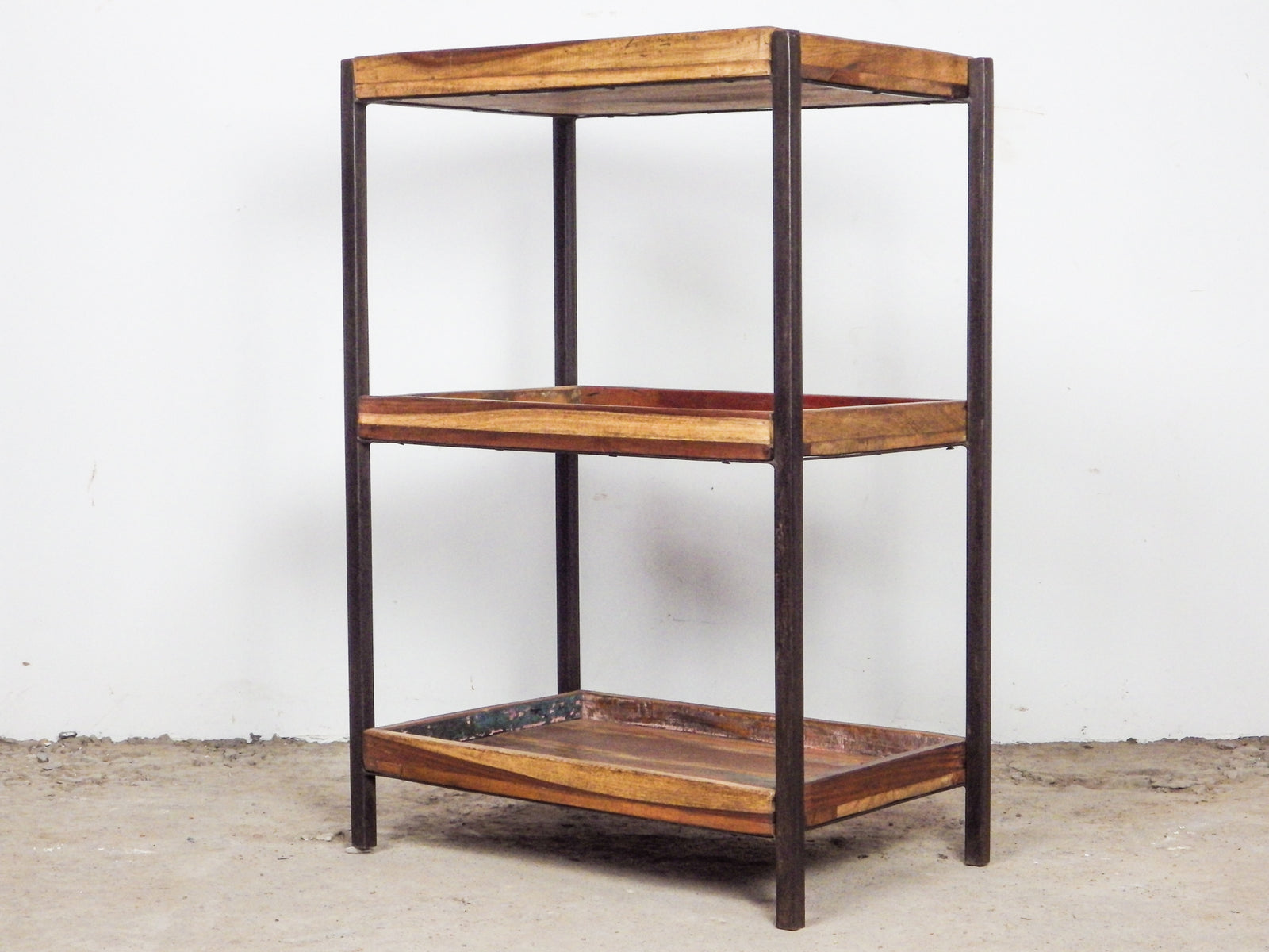 MILL-784 Wooden Shelves C8