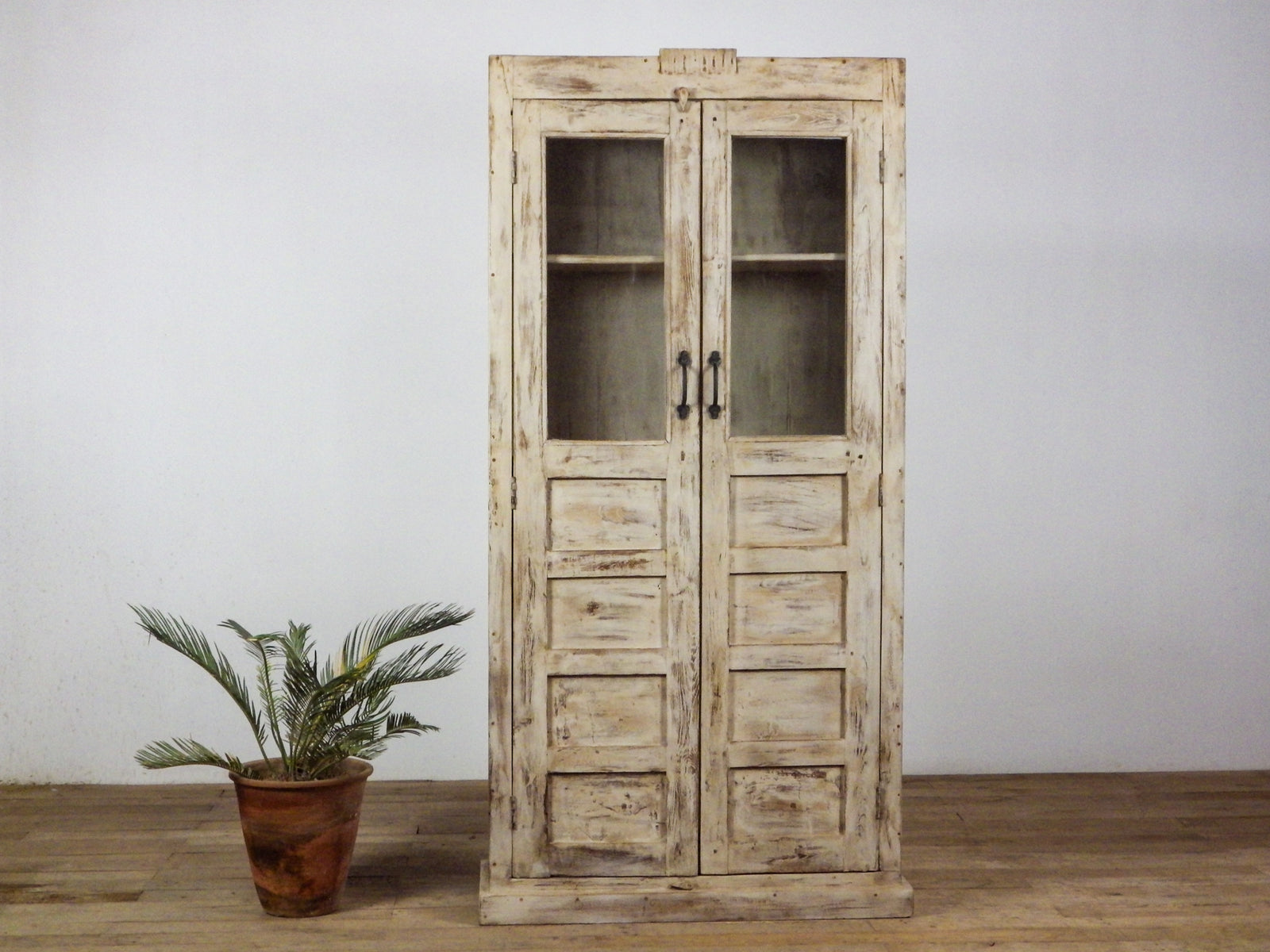 MILL-803 Wooden Cupboard
