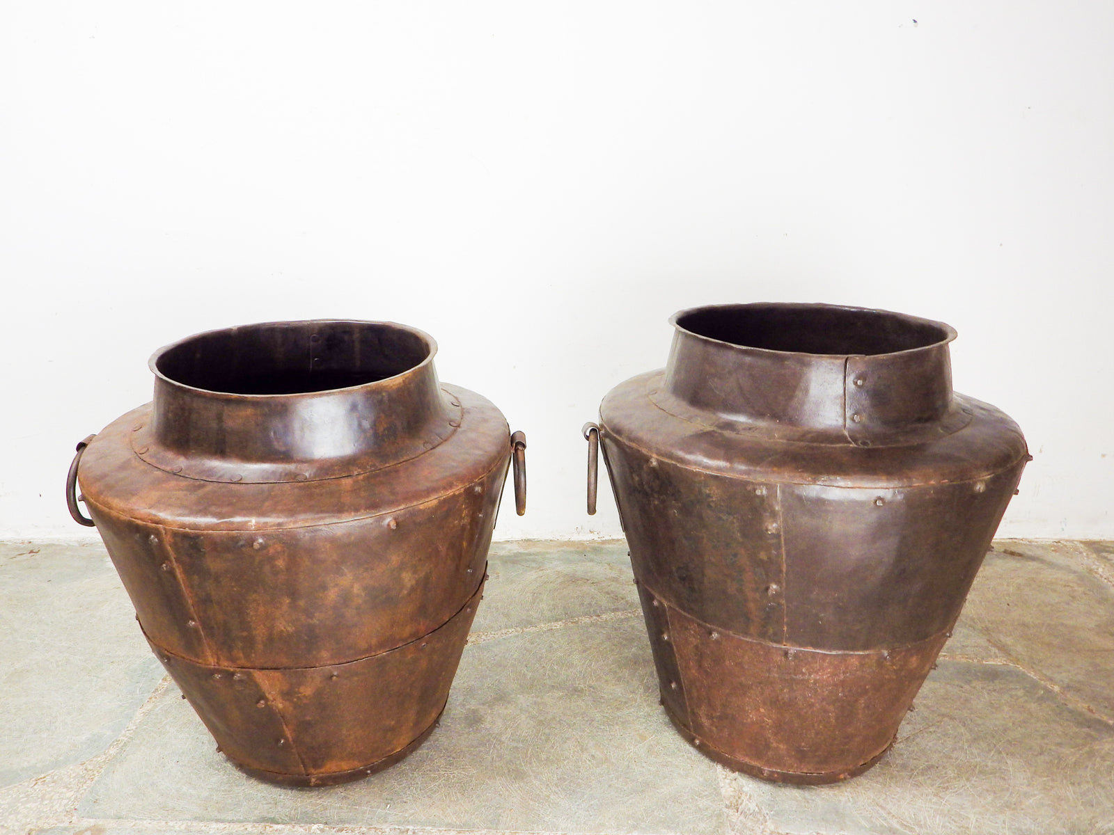 Riveted Small Metal Planter MILL-638/3