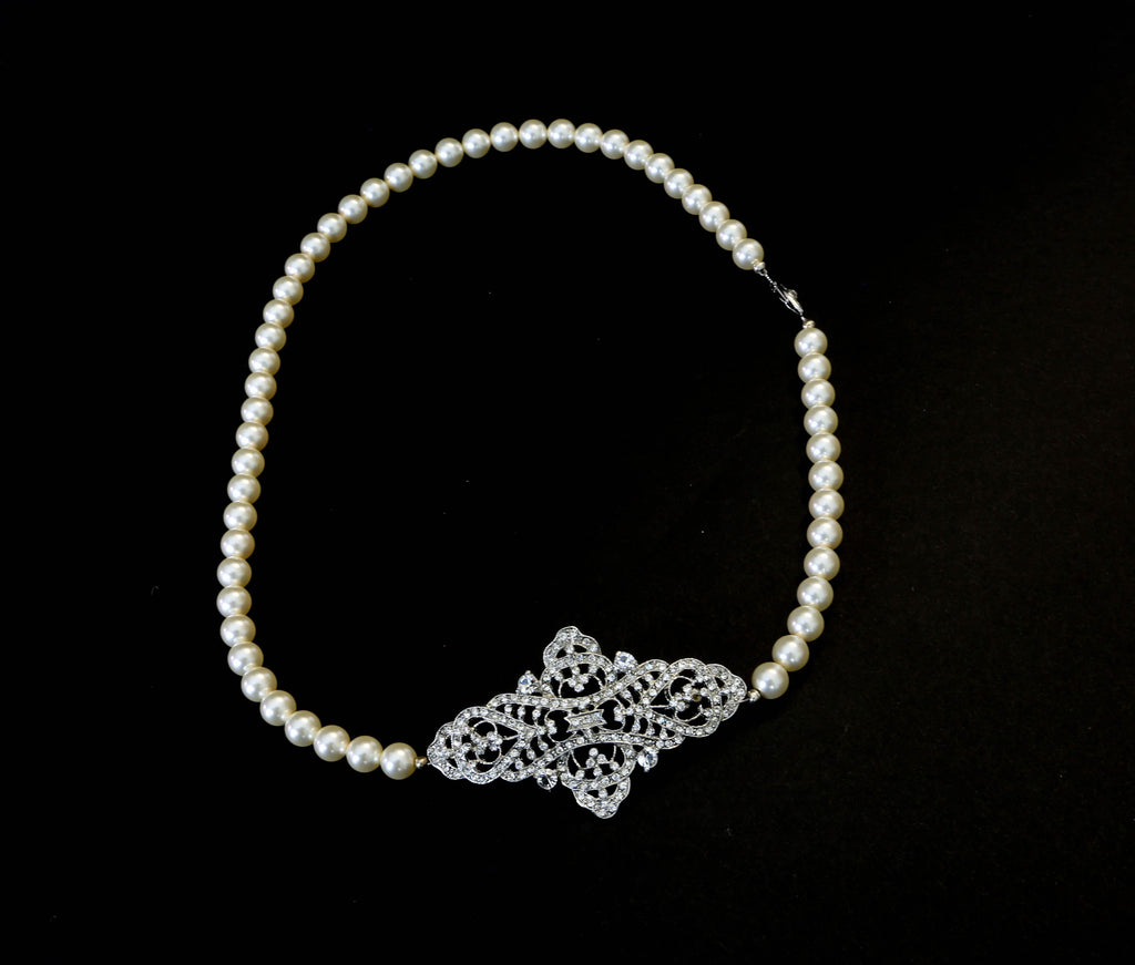 Asymmetric Pearl Necklace - The Persnickety Bride