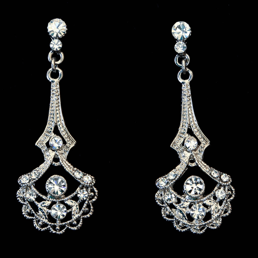 Elegant Scallop Earrings - The Persnickety Bride