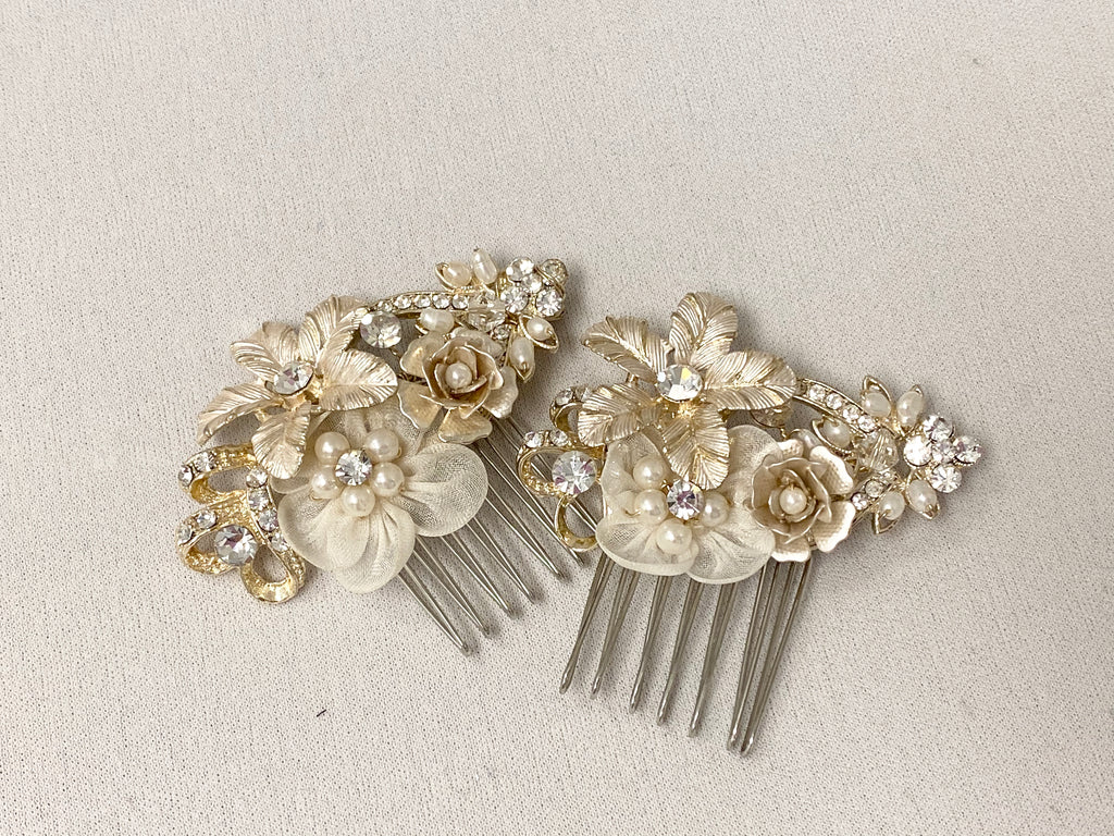 Elegant and timeless Bridal Hairpin - The Persnickety Bride