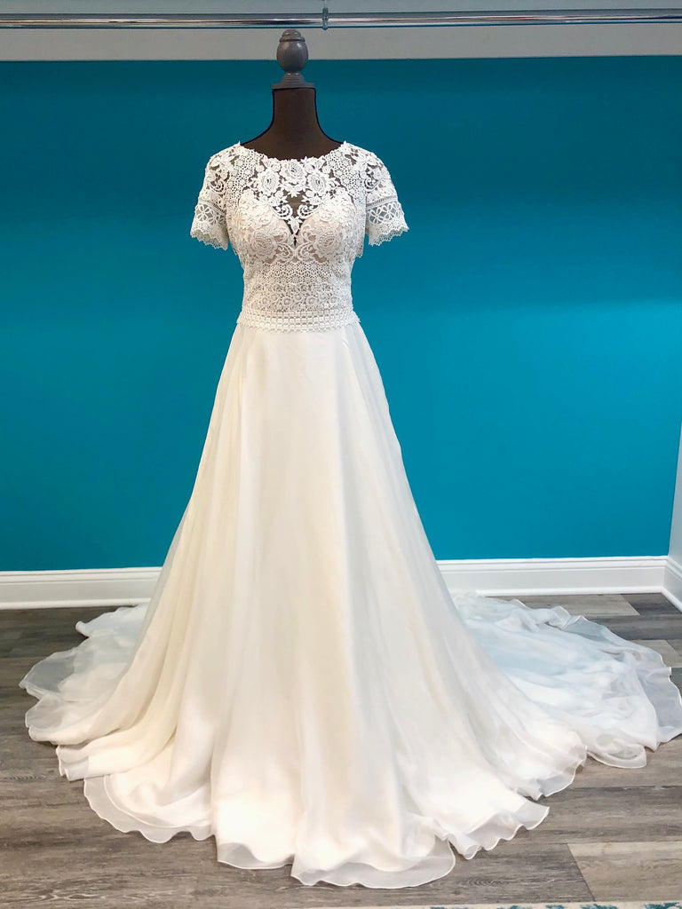 Lillian West Style 6508 - The Persnickety Bride
