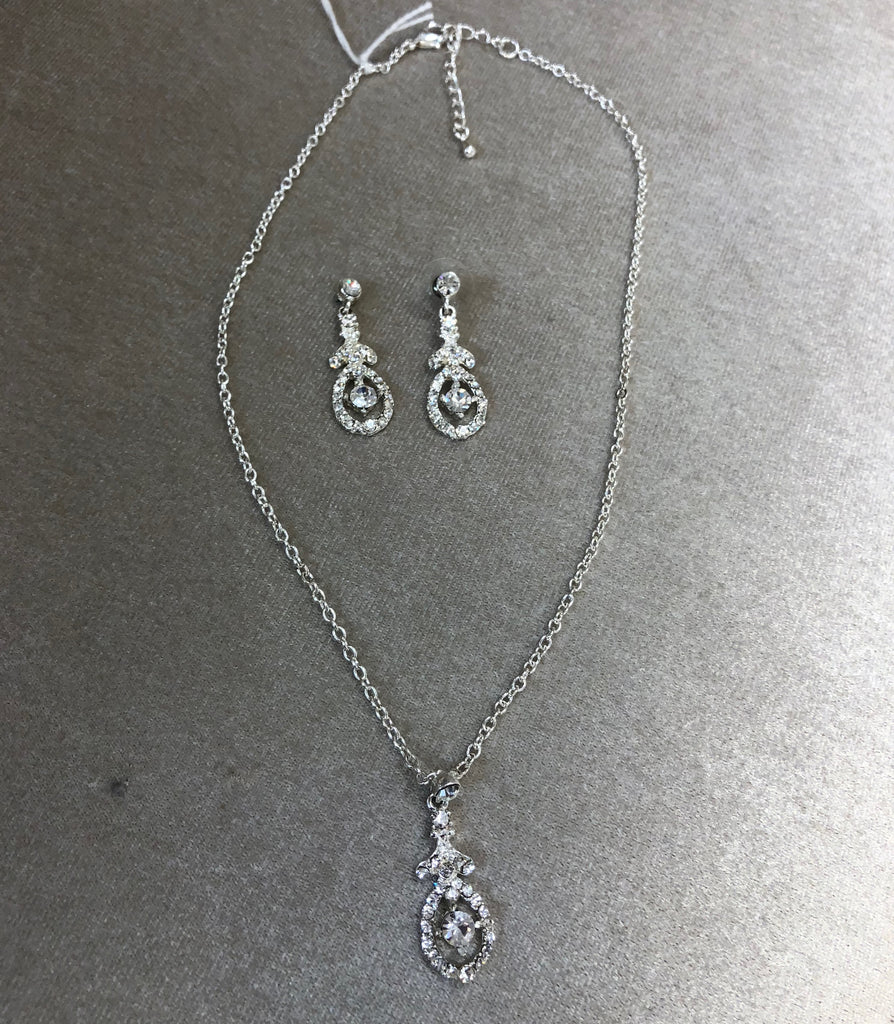 Rhinestone necklace and earring set - The Persnickety Bride