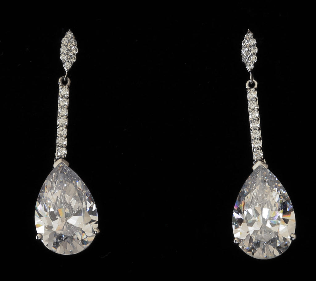 The Classic Beauty Tear Drop Earrings - The Persnickety Bride