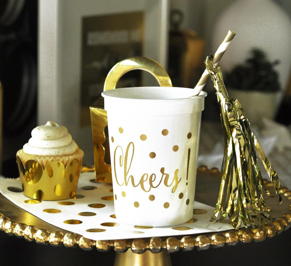 Gold CHEERS Party Cups (set of 25) - The Persnickety Bride